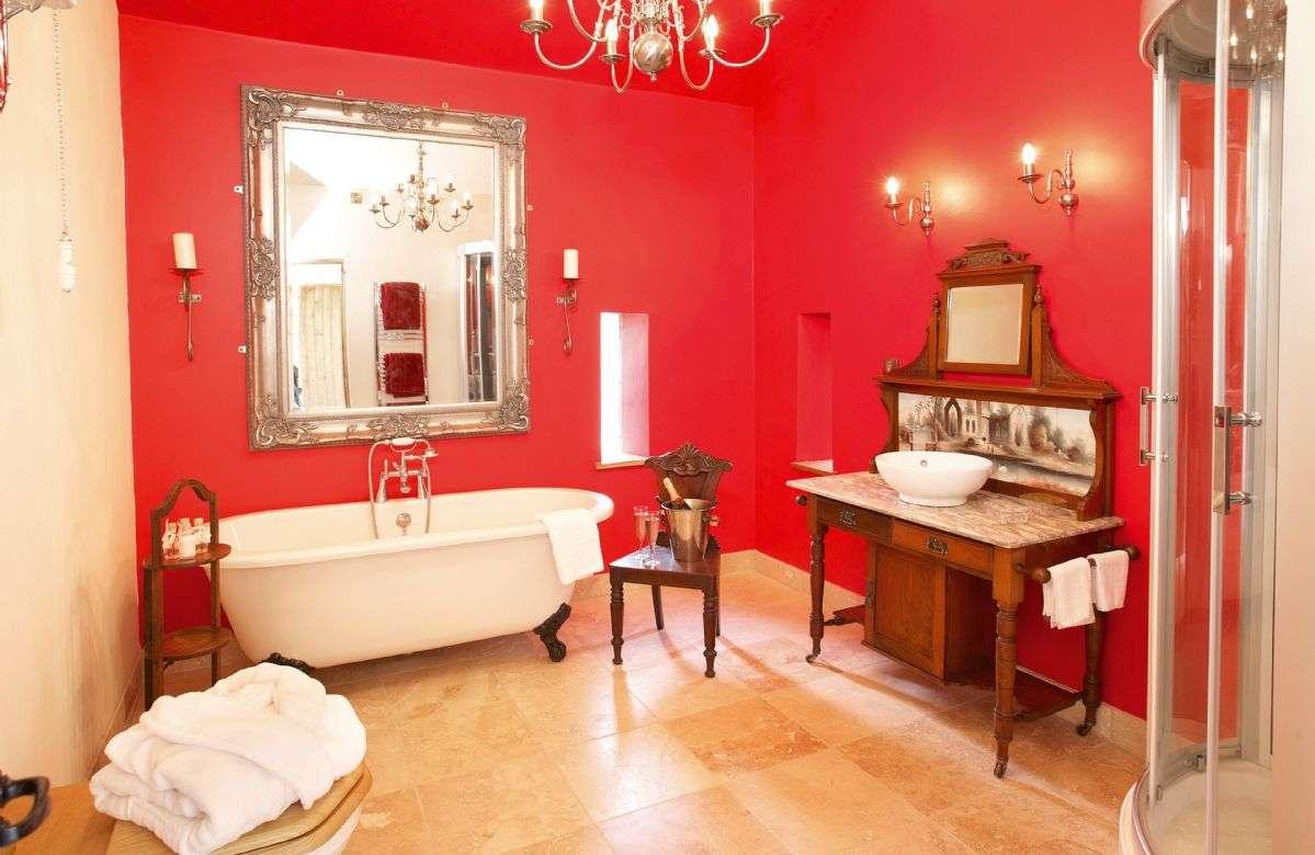 Scargill Castle Bathroom