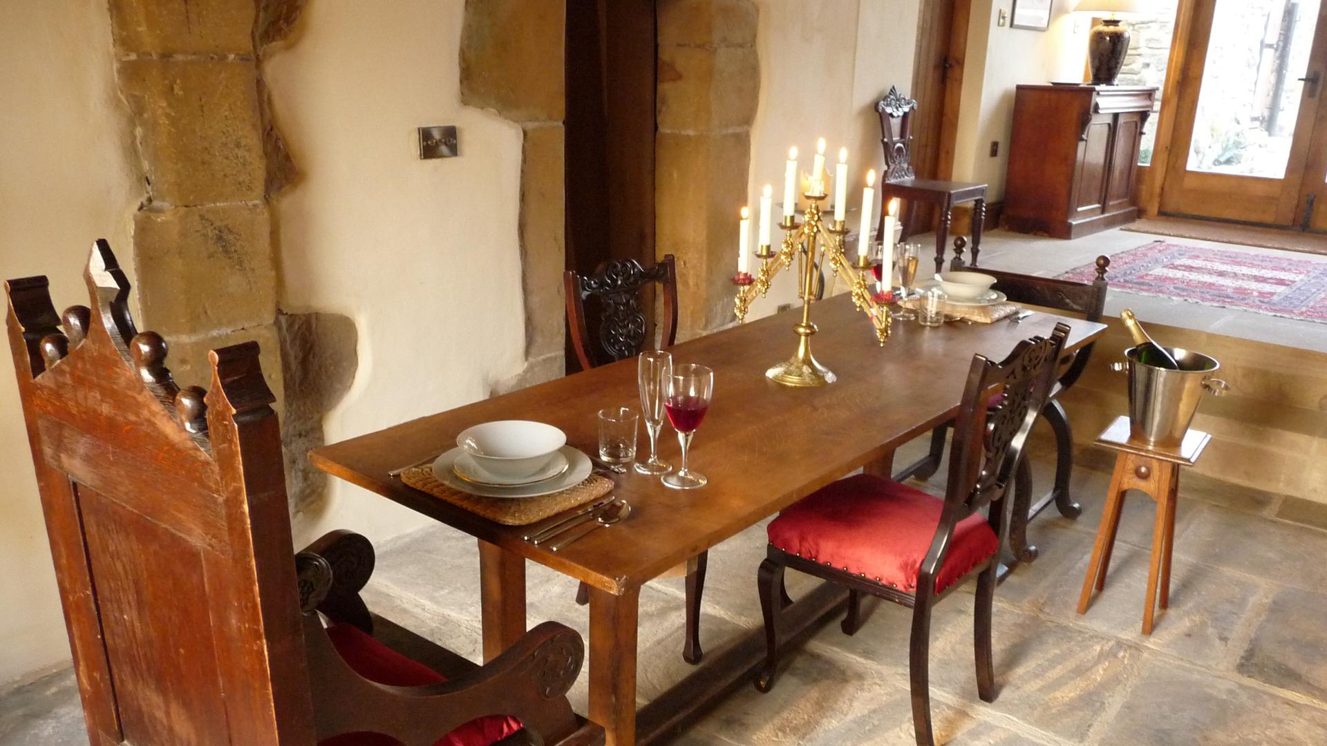 Scargill Castle dining area